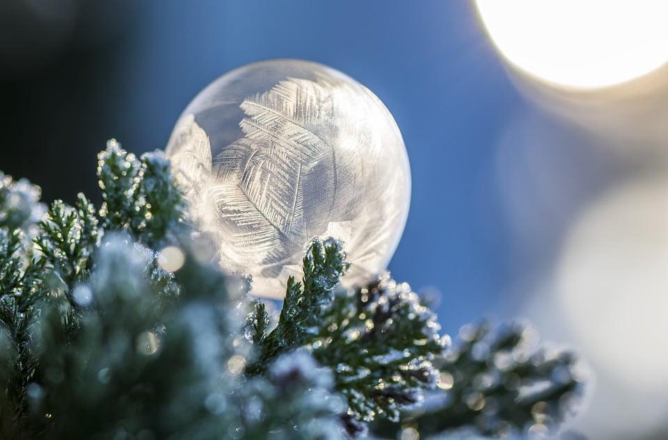 boule de noël gelée
